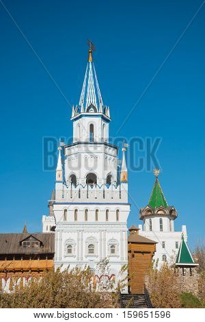 The White Tower and the wooden wall in the old Russian fortress