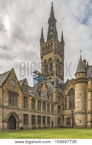 A view of the Glasgow university belltower from the courtyard next to the main victorian building.