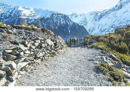 Walkway to aoraki mount cook new zealand.