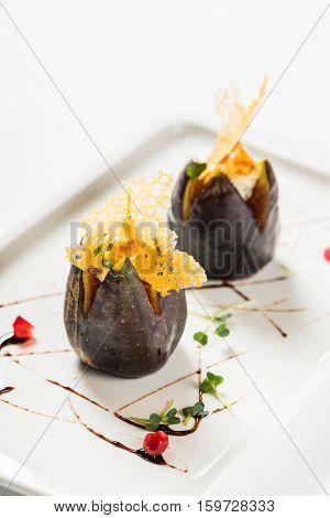 fig stuffed gorgonzola cheese