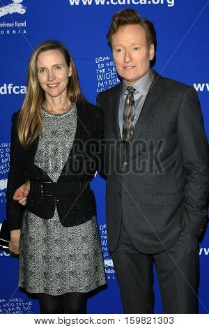 LOS ANGELES - DEC 1:  Liza O'Brien, Conan O'Brien at the Children's Defense Fund - 26th Beat The Odds Awards at Beverly Wilshire Hotel on December 1, 2016 in Beverly Hills, CA
