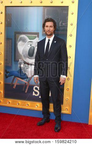 LOS ANGELES - DEC 3:  Matthew McConaughey at the