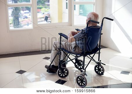 Old Man Lonely