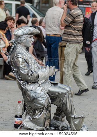 Living Statue Of Wolfgang Amadeus Mozart In Vienna. Austria