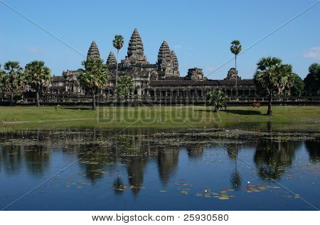 Angkor Wat, the most famous Khmer temple, near Siem Reap, Cambodia.