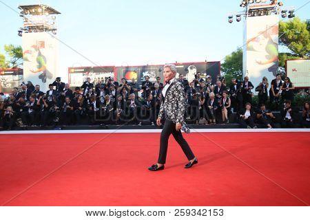 Rodrigo Alves walks the red carpet ahead of the 'Vox Lux' screening during the 75th Venice Film Festival at Sala Grande on September 4, 2018 in Venice, Italy.