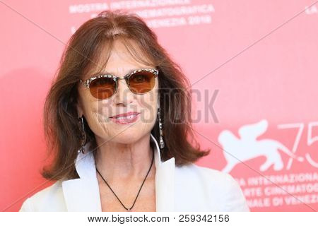 Jacqueline Bisset attends 'Magic Lantern' photocall during the 75th Venice Film Festival at Sala Casino on September 4, 2018 in Venice, Italy.