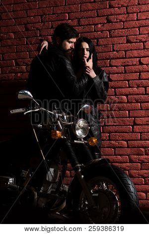 Fashion Couple. Fashion Couple At Cool Motorbike. Sexy Couple In Fashion Leather Jacket. Fashion Cou
