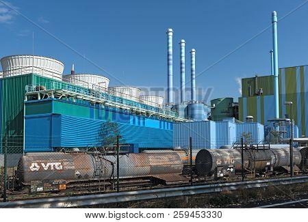 Frankfurt, Germany-september 16, 2018: Industrial Waste Incinerator In An Industrial Park Frankfurt-