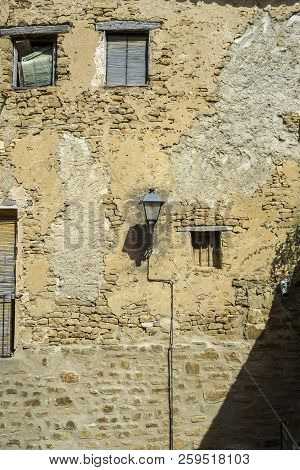 Old House In Uncastillo. It Is A Historic Town And Municipality In The Province Of Zaragoza, Aragon,