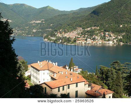 Famous Italian lake Como: Village on lake