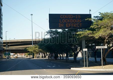 2 April 2020 - Cape Town,south Africa : Empty Streets In The City Of Cape Town During The Lockdown F