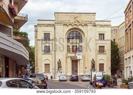 Verona, Italy - September 26, 2015 : The Accademia Filarmonica Di Verona On Via Roma Near Piazza Bra