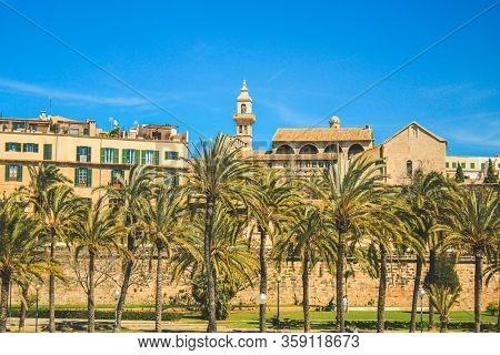 Palma, Mallorca / Spain - March 26 2018: Parc De La Mar Located In The Capital Palma De Mallorca, Bo