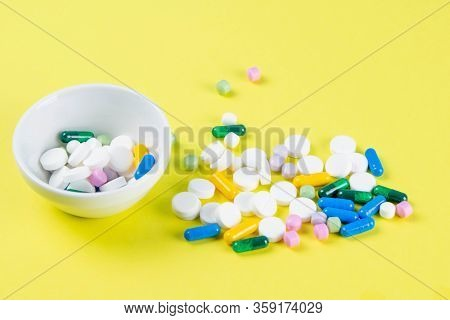 Tablets Are Scattered On The Table, Dosage For The Patient. Top Views