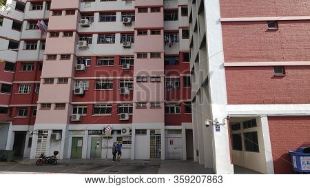 Singapore-01 Apr, 2020: Singapore Hdb Residential Building Facade Day View