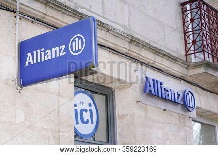 Bordeaux , Aquitaine / France - 01 15 2020 : Allianz Insurance Logo Blue Sign Store Office Brand Fin