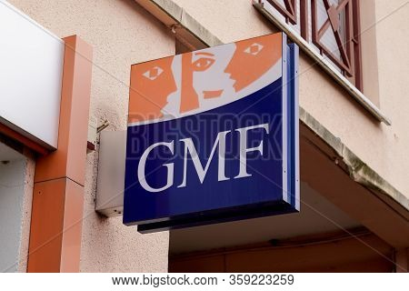 Bordeaux , Aquitaine / France - 02 20 2020 : Gmf Sign Logo Mutual Insurance Company For Civil Servan