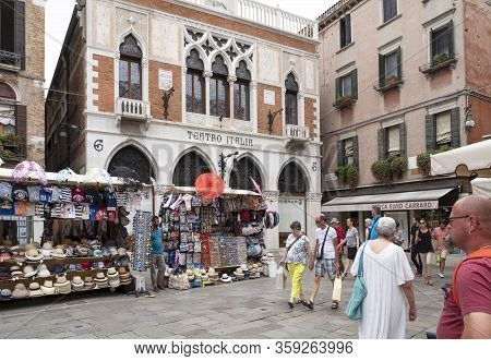 Venice, Italy - June 30, 2017: Vendors Stands - Profitable And Popular Form Of Sales Traditional Sou
