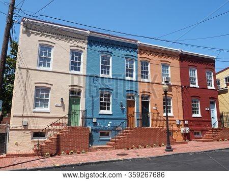 Washington Dc, Usa - June 4, 2019: Image Of Georgetowns Classic Houses.