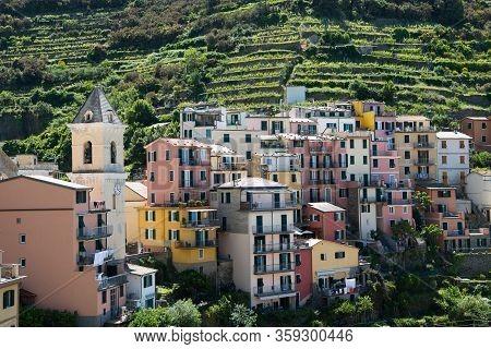 The Pictiresque Village Manarola Wonderful Situated At The Ligurian Sea - The Five Villages Of Cinqu