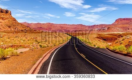 Lees Ferry Road, Also Called Honey Moon Trail, In Marble Canyon In Vermilion Cliffs Wilderness Area,