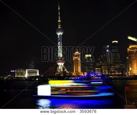 Pudong Tv Tower Hotels Shanghai China At Night