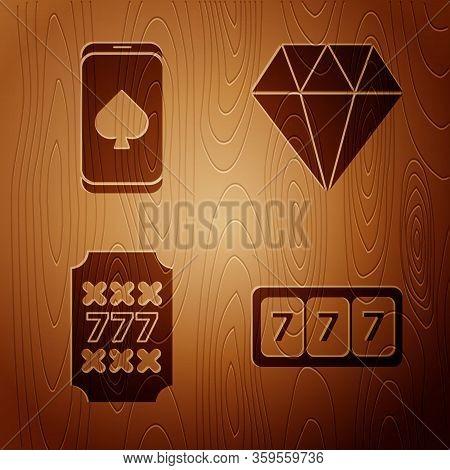 Set Slot Machine With Lucky Sevens Jackpot, Online Poker Table Game, Slot Machine With Lucky Sevens