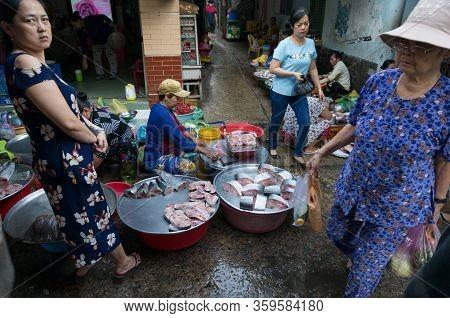 Ho Chi Minh, Vientam - August 25, 2017: Vendor Selling Fresh Raw Seafood On Cho Xom Chieu Fresh Food