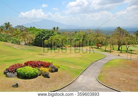 Cavite, Ph - Oct 19: Tagaytay Highlands Golf Course On October 19, 2015 In Tagaytay, Cavite, Philipp