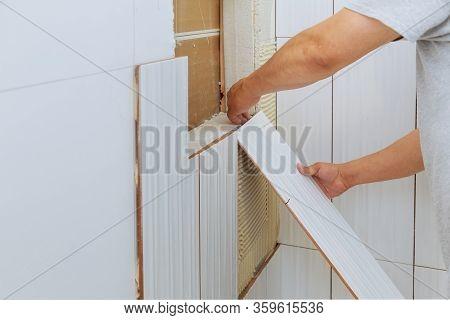 Preparation Of Tiles For Construction The Tiler Builder Bathroom Ceramics In New Home