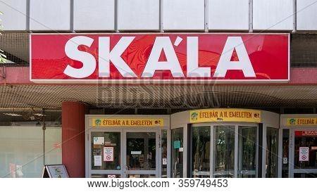 Gyor Hungary 06 30 2019: Arrabona Skala Store Logo On The Facade Of The Building.