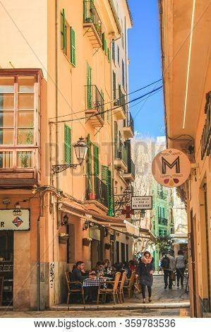 Palma, Mallorca / Spain - March 26 2018: Street In The Capital Palma De Mallorca. Tourists Strolling
