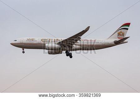 Frankfurt / Germany - December 7, 2012: Etihad Airways Airbus A330-200 A6-eyg Passenger Plane Landin