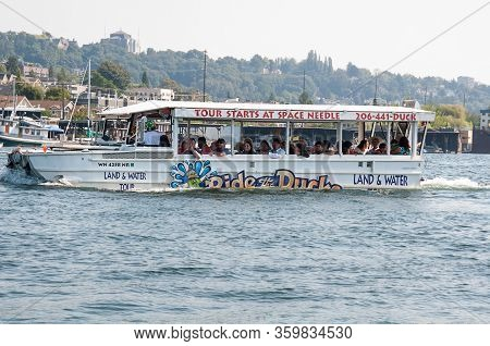 Seattle, Wa Usa August 23, 2014:  Ride The Ducks Tour Is A Popular Tourist Attraction In Seattle.  T