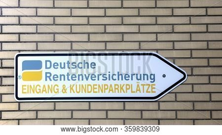 Giessen, Germany - 2019-11-20 - Signage Of The Deutsche Rentenversicherung. Deutsche Rentenversicher