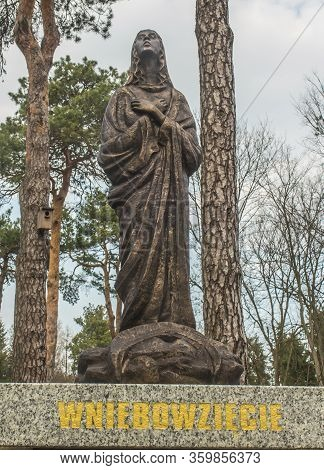 Lesniow, Zarki, Poland, 31 March 2019: Rosary Mysteries Surrounded By The Sanctuary Mother Of God In