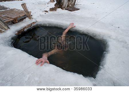 The Winter Swimming