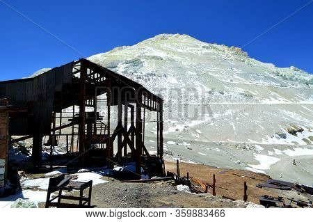 Complex Where The Cable Car Begins Its Journey Carrying The Sulfur. Cerro Estrella, The Sulfur Mount