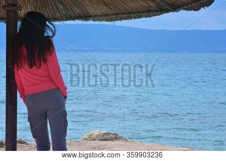 Pretty Young Woman Looking Over The Sea/ Beautiful Sea Landscape