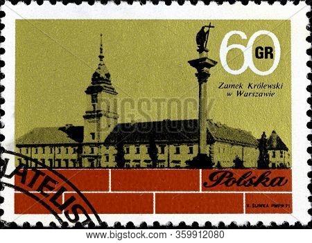 02 10 2020 Divnoe Stavropol Krai Russia The Postage Stamp Poland 1971 Rebuilding The Royal Castle In