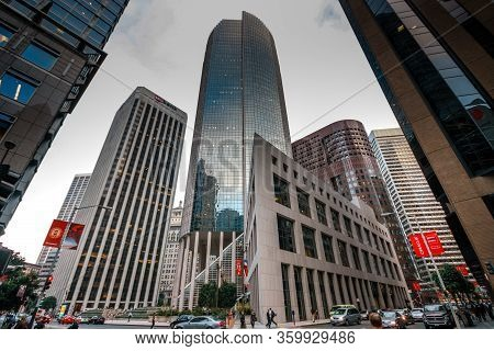 San Francisco, Usa - Oct 3, 2012: One California Office Skyscraper With Us Bank Logo In The Financia