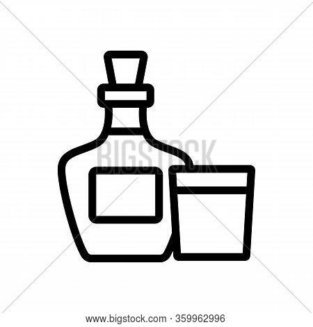 Whiskey Bottle Glass Icon Vector. Whiskey Bottle Glass Sign. Isolated Contour Symbol Illustration