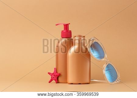 Sunblock Ads, Sun Protection Cosmetic Products Design With Moisturizer Cream Or Liquid Lotion On Bro