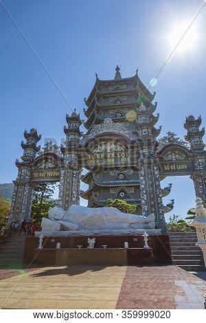 Da Nang, Vietnam - June 27, 2019: The Main Gate Of The Monastery. The Lady Buddha Statue The Bodhisa