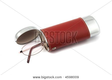 Isolated Glasses With Case