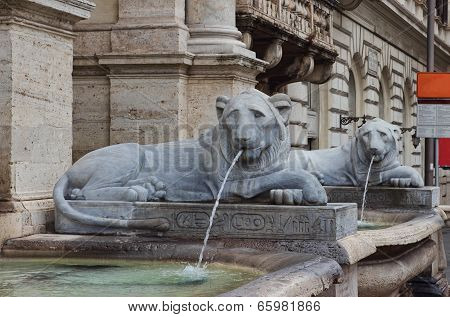 The Fontana Dell'acqua Felice In Rome