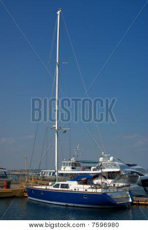 Sea yacht