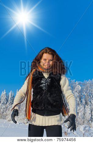 Midwinter Sunshine Outdoor Season Fashion