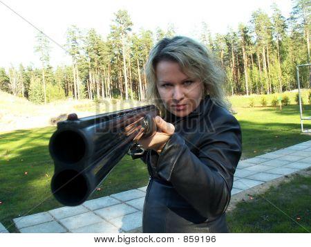 Dangerious woman